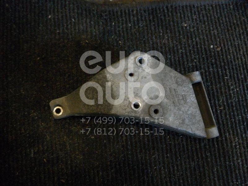 Кронштейн гидроусилителя для Audi 80/90 [B4] 1991-1994;80/90 [B2] >1986;80/90 [B3] 1986-1991;100/200 [43] >1983;100/200 [44] 1983-1991;Toledo I 1991-1999;Golf II/Jetta II 1983-1992;Passat [B2] >1988;Passat [B3] 1988-1993 - Фото №1