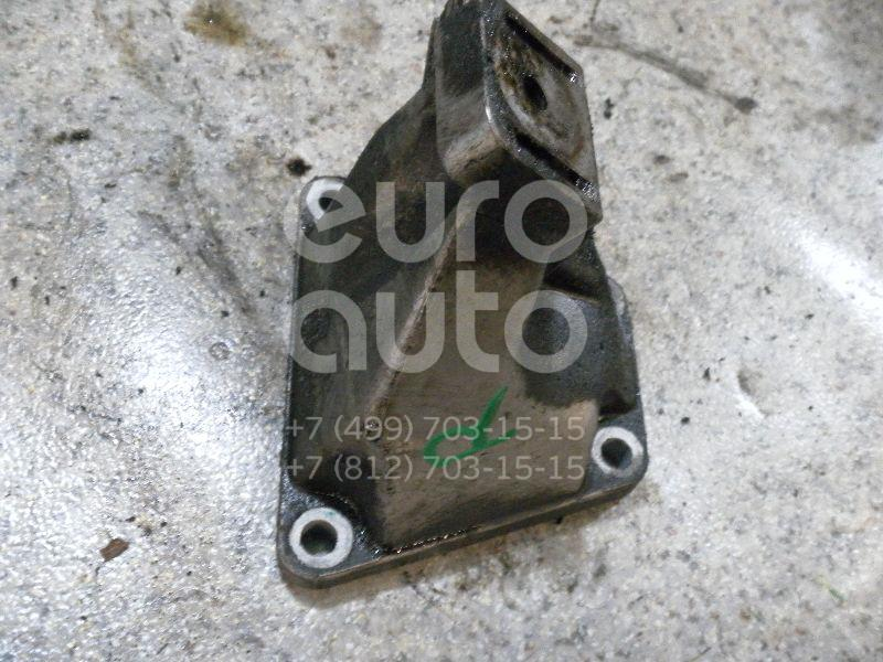 Кронштейн двигателя правый для Audi,VW A6 [C5] 1997-2004;A4 [B5] 1994-2000;Passat [B5] 1996-2000;Allroad quattro 2000-2005;Passat [B5] 2000-2005 - Фото №1