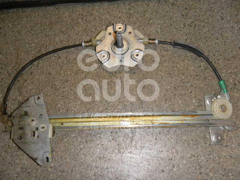 Купить Стеклоподъемник механ. задний левый Mitsubishi Carisma (DA) 1999-2003; (MR100763)