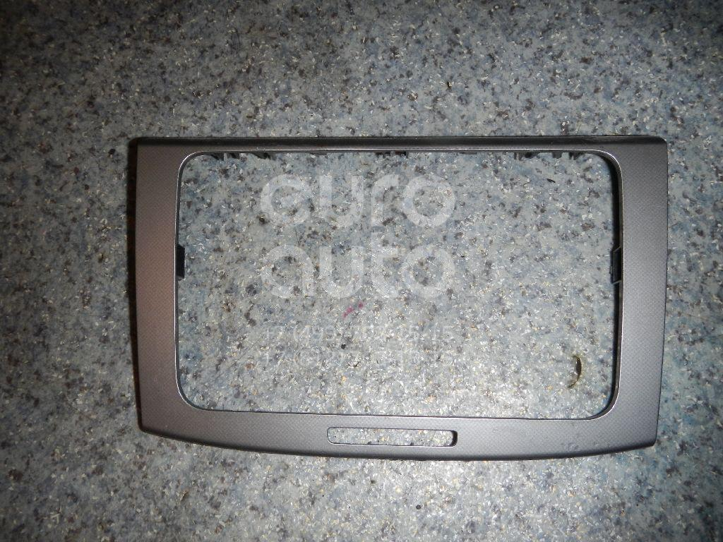 Купить Накладка декоративная VW Passat [B6] 2005-2010; (3C0858069M)