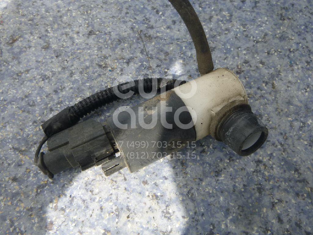 Купить Насос омывателя Dodge Intrepid 1998-2004; (5015937AA)