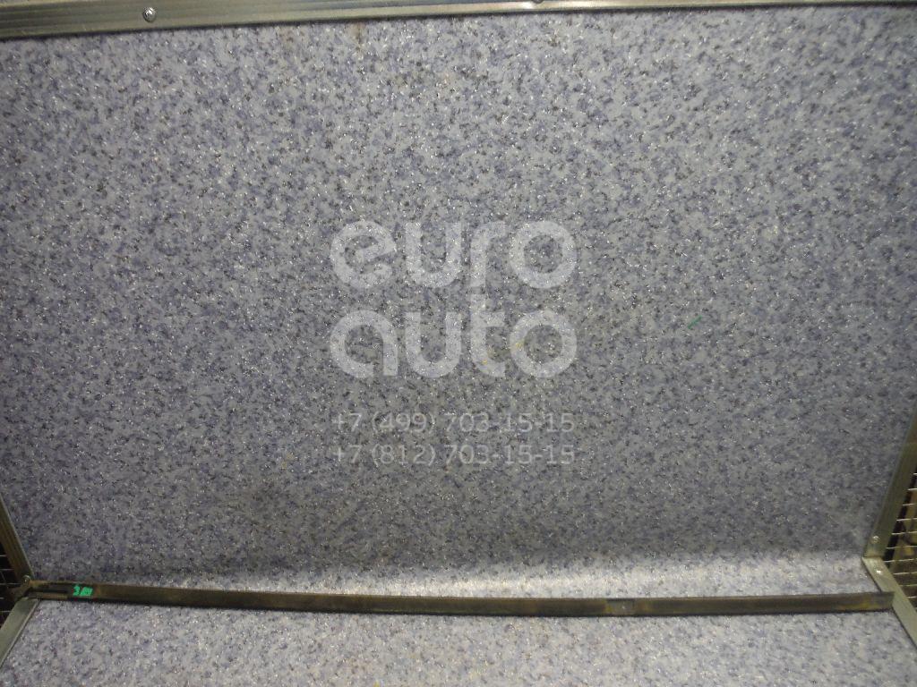 Купить Накладка стекла заднего правого Renault Fluence 2010-; (828200161R)