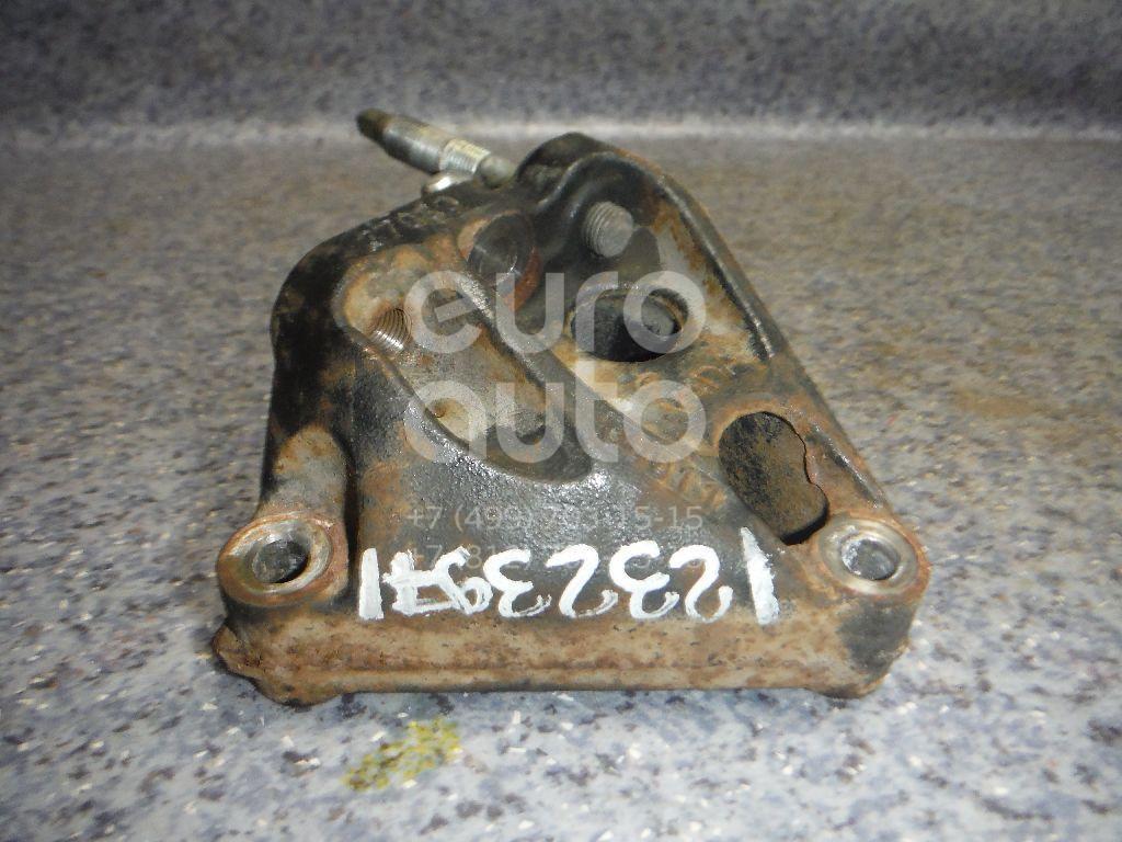 Купить Кронштейн двигателя правый Toyota Auris (E15) 2006-2012; (1231537030)