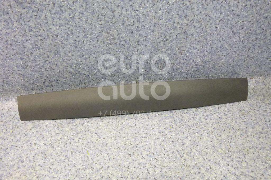 Купить Обшивка двери багажника VW Touareg 2002-2010; (7L6867685A)