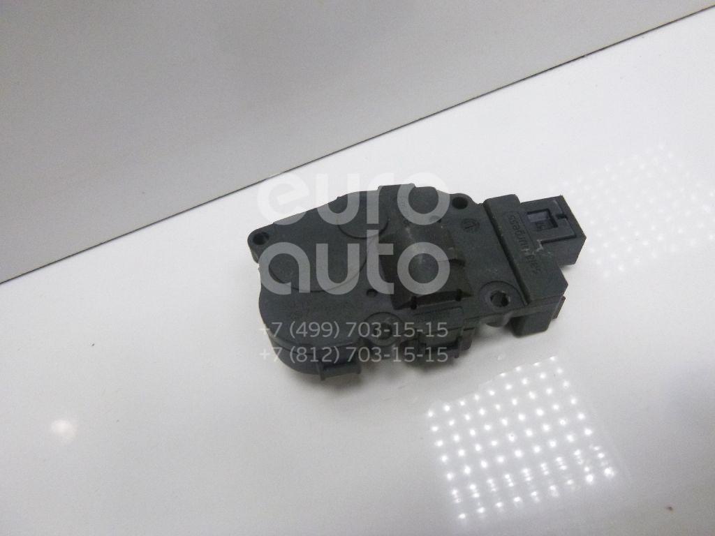 Купить Моторчик заслонки отопителя Audi A4 [B8] Allroad 2010-2015; (8K0820511C)