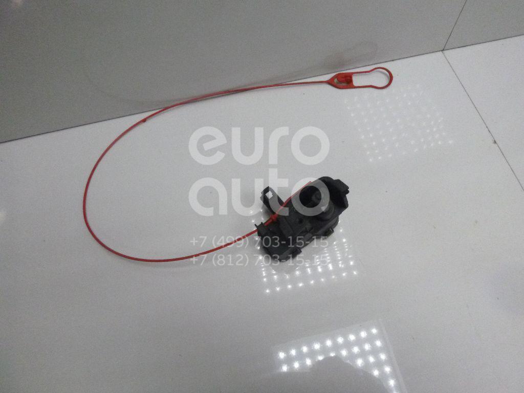 Купить Активатор замка крышки бензобака Audi A4 [B8] Allroad 2010-2015; (8K0862153E)