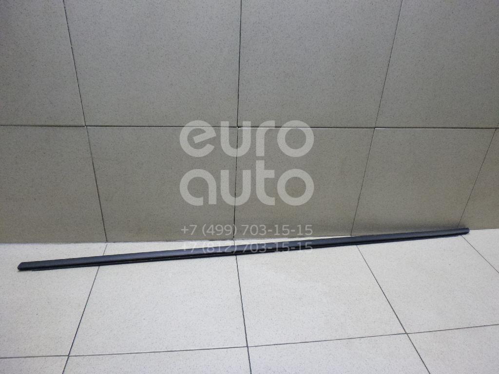 Купить Накладка стекла переднего левого Peugeot 3008 2010-; (9309R4)