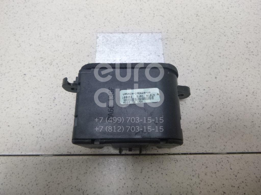 Купить Резистор отопителя Nissan Navara (D40) 2005-2015; (271515Z000)