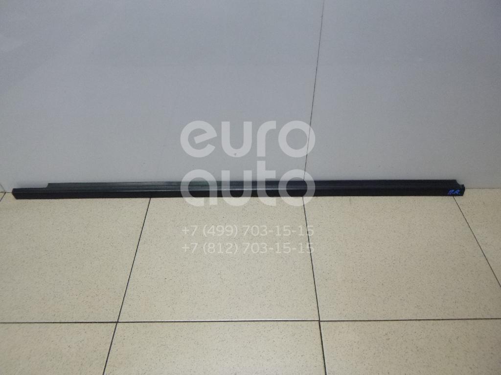 Купить Накладка стекла переднего правого Volvo V40 2001-2004; (30801209)