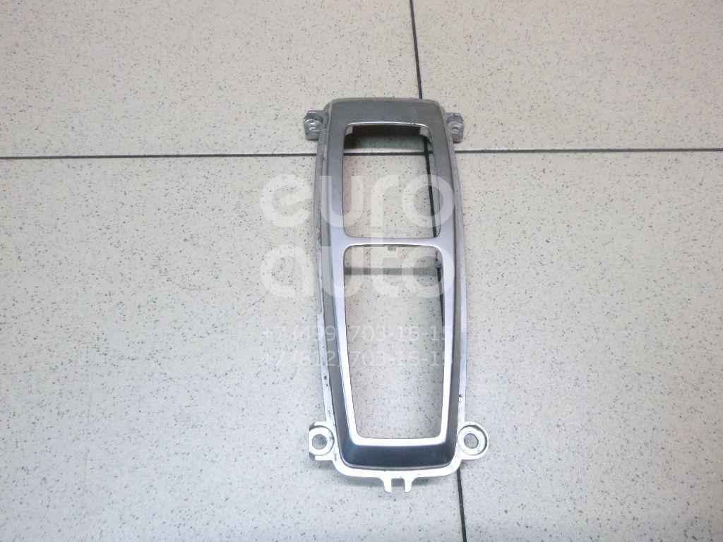 Купить Накладка декоративная BMW X5 E70 2007-2013; (61316975467)