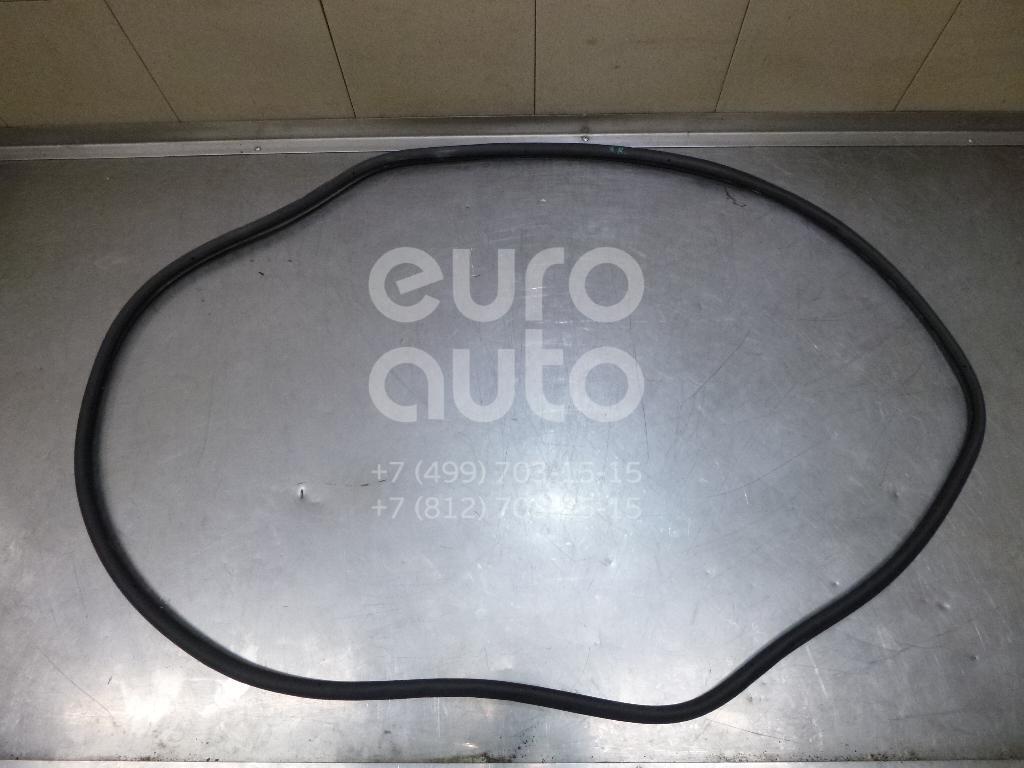 Купить Уплотнитель двери VW Touareg 2002-2010; (7L0839911E)