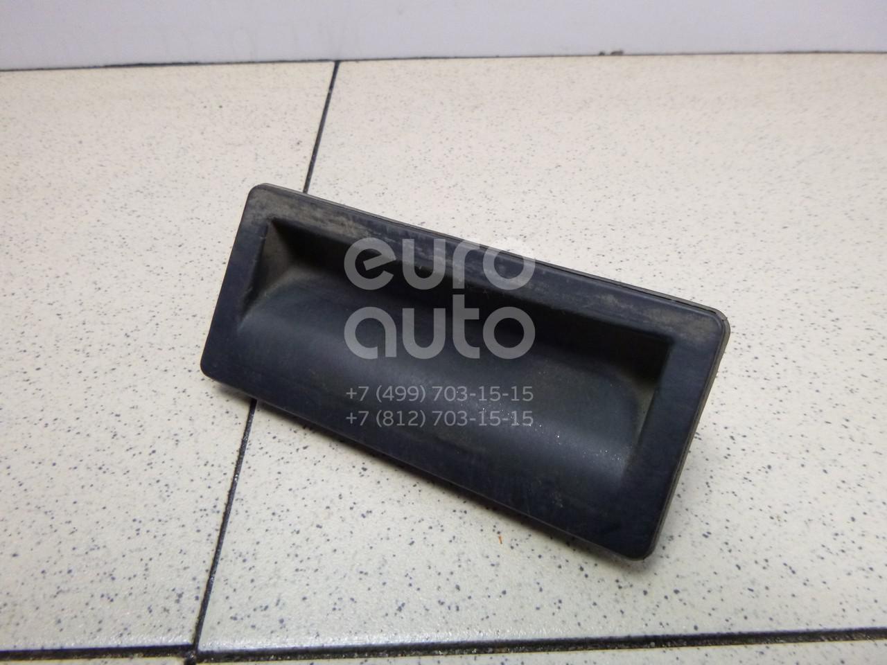 Купить Кнопка открывания багажника VW Passat [B6] 2005-2010; (5N0827566T)