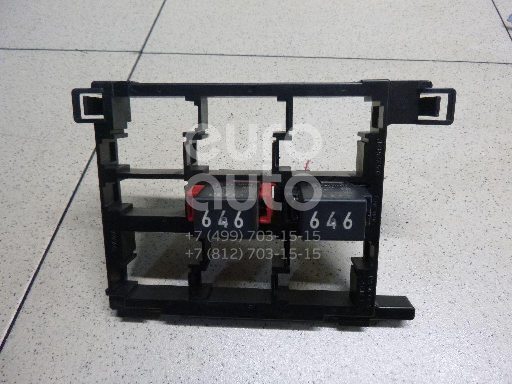 Купить Блок реле Skoda Yeti 2009-; (7N0937503)