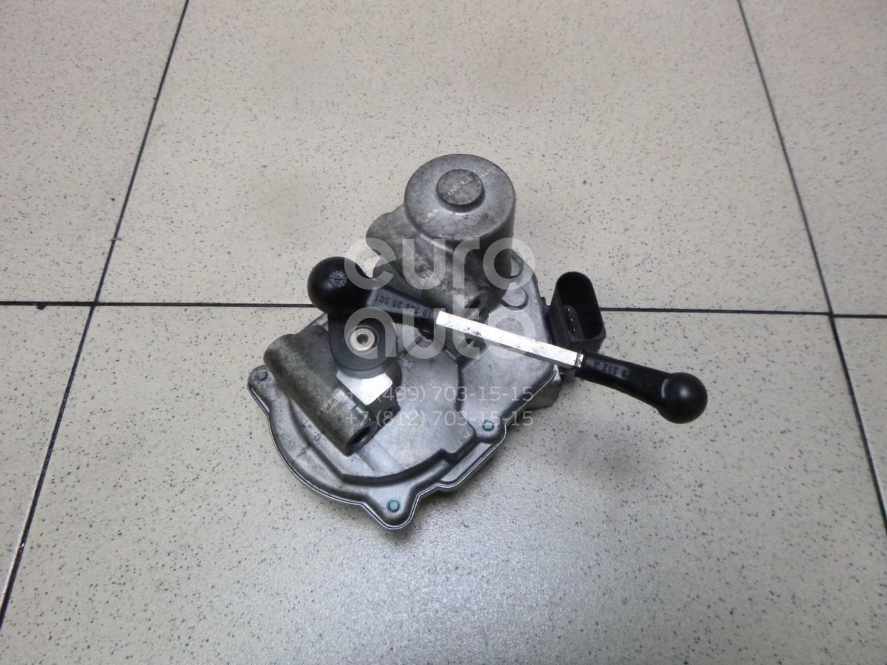 Механизм изменения длины впускного коллектора VW Touareg 2002-2010; (059129086M)  - купить со скидкой