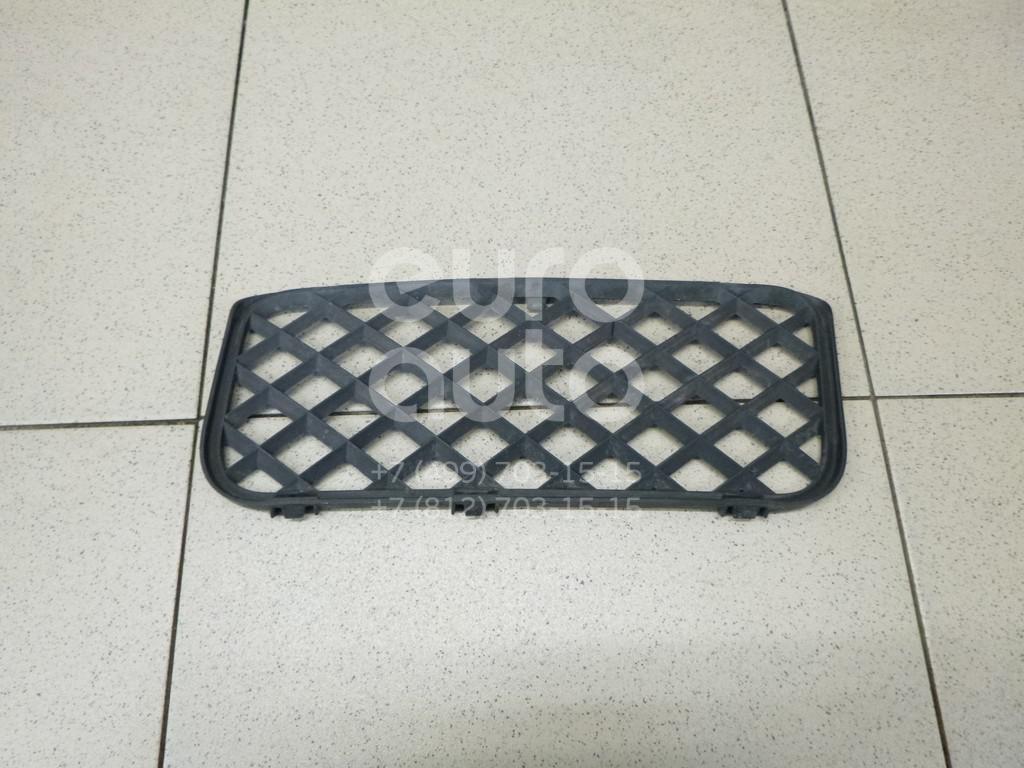 Решетка в бампер правая VW Touareg 2002-2010; (7L68536779B9)  - купить со скидкой