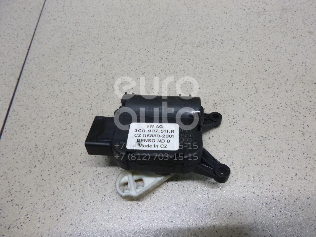 Купить Моторчик заслонки отопителя VW Passat CC 2008-; (3C0907511R)
