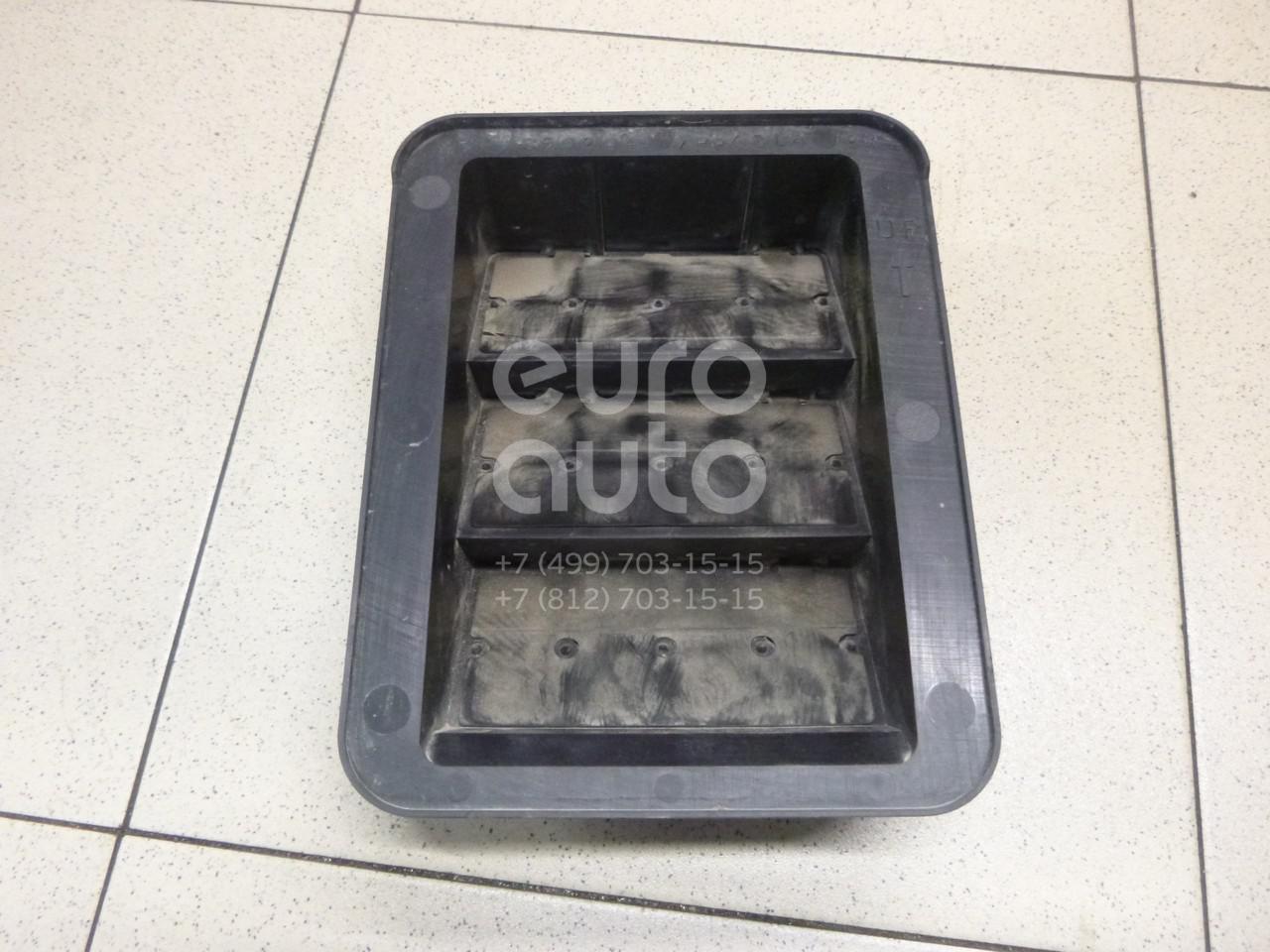 Купить Решетка вентиляционная Mitsubishi Outlander (GF) 2012-; (MR360284)