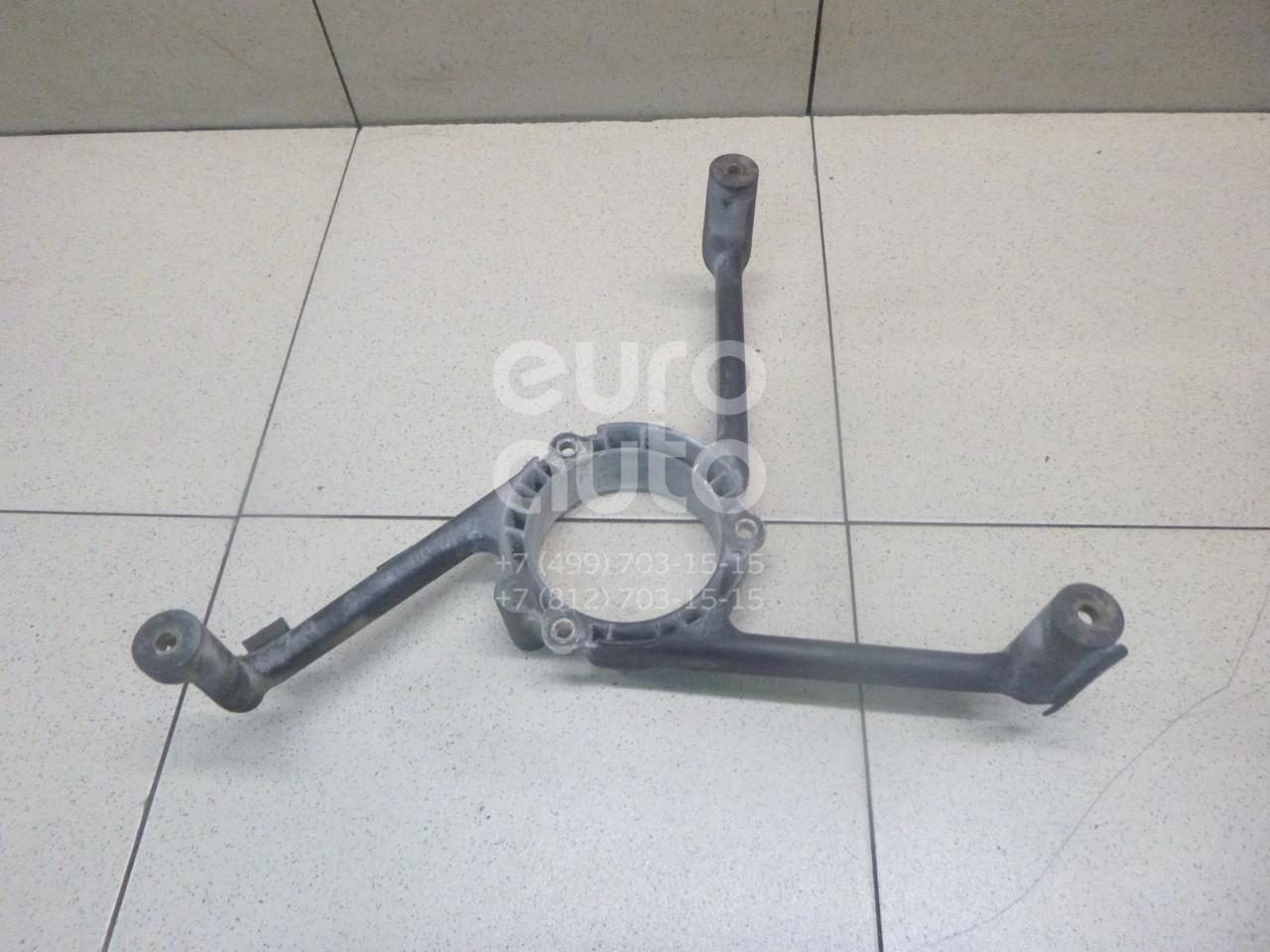 Купить Кронштейн вентилятора радиатора VW Passat [B3] 1988-1993; (535121209)