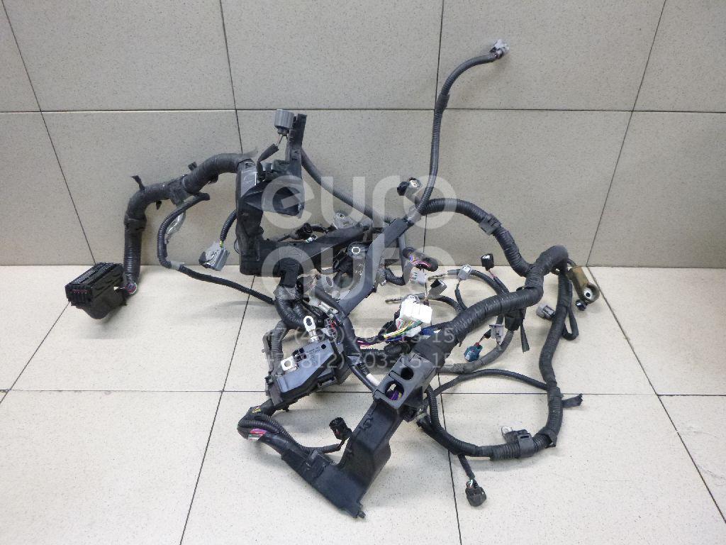Купить Проводка (коса) Toyota Avensis III 2009-; (8212105B40)