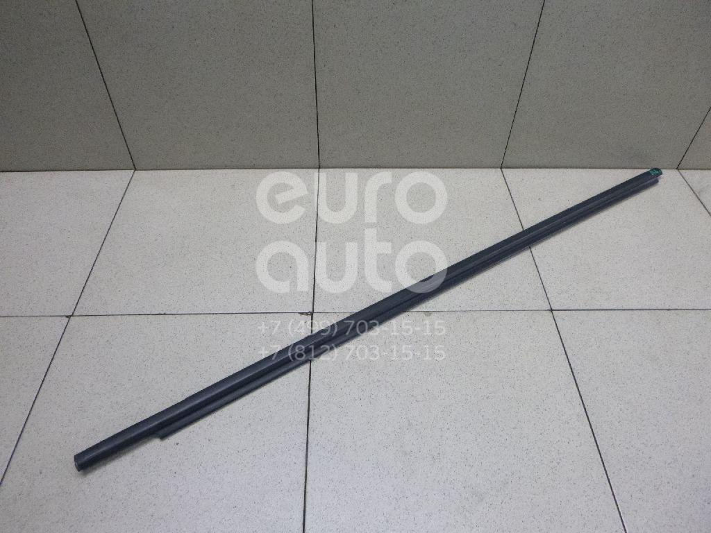 Купить Накладка стекла переднего левого Toyota Land Cruiser (120)-Prado 2002-2009; (7571260060)