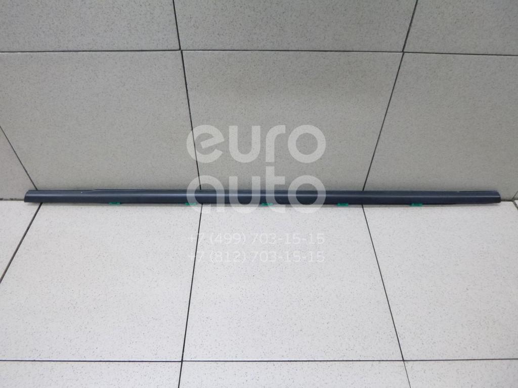 Накладка стекла заднего правого Hyundai i30 2012-2017; (83220A5000)  - купить со скидкой