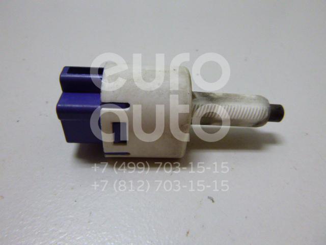 Датчик включения стопсигнала для Toyota,Lexus Camry V40 2006-2011;Land Cruiser (120)-Prado 2002-2009;GX470 2002-2009;ES (SV40) 2006-2012 - Фото №1