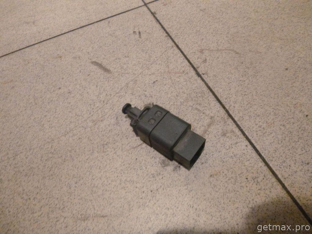 Датчик включения стопсигнала (бу) Chevrolet Lacetti 2003-2013 купить